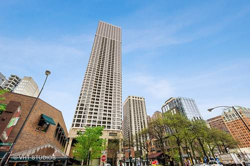 1030 N State Unit 3E, Chicago, IL 60610 Near North