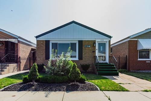 4535 S Leamington, Chicago, IL 60638 LeClaire Courts