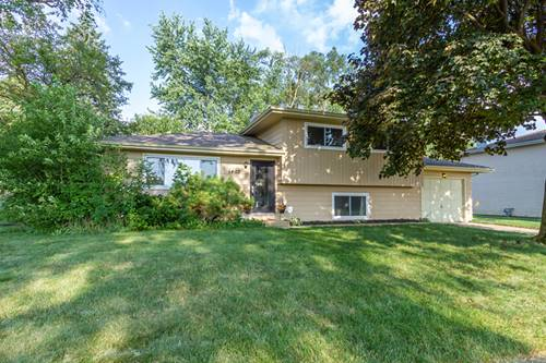 1402 Mildred, St. Charles, IL 60174