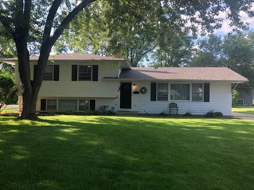 311 Robin Hill, Naperville, IL 60540