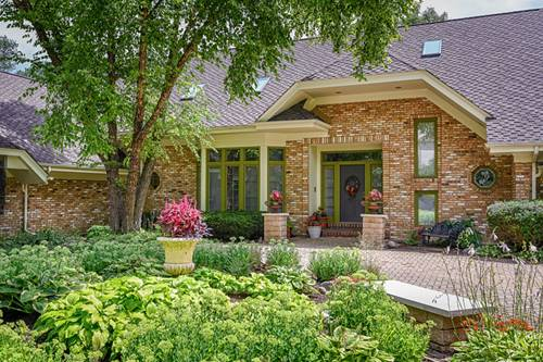 6450 Manor, Burr Ridge, IL 60527