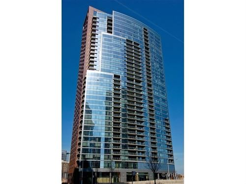 450 E Waterside Unit 202, Chicago, IL 60601 New Eastside
