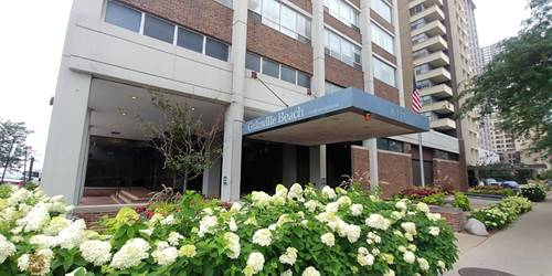 6171 N Sheridan Unit 2812, Chicago, IL 60660 Edgewater