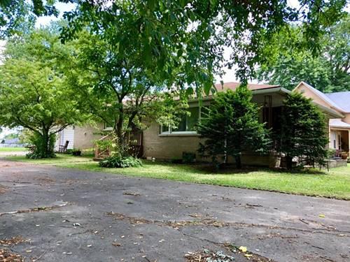 219 E Taylor, Grant Park, IL 60940