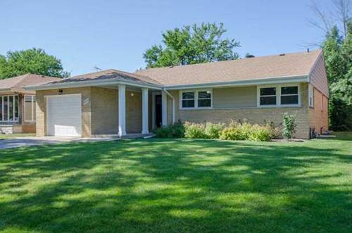 4126 Greenwood, Skokie, IL 60076
