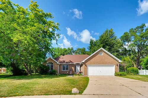 201 S Carriage, Mchenry, IL 60050