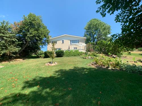 81 Hilltop, Lake In The Hills, IL 60156