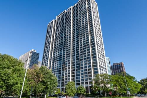 2800 N Lake Shore Unit 2208, Chicago, IL 60657 Lakeview