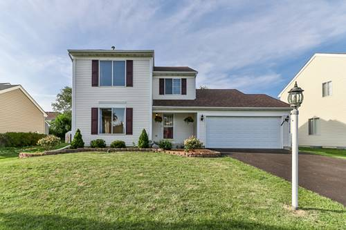 1112 Woodland Heights, Streamwood, IL 60107