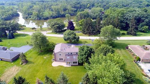 1 Bruce Circle North, Hawthorn Woods, IL 60047