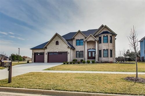 4108 Chinaberry, Naperville, IL 60564
