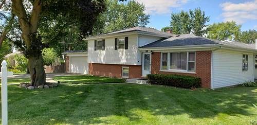 18 Lincoln, Lake In The Hills, IL 60156