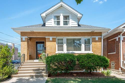5542 W Dakin, Chicago, IL 60641 Portage Park