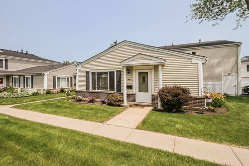 1461 Quaker Unit 119A, Prospect Heights, IL 60070