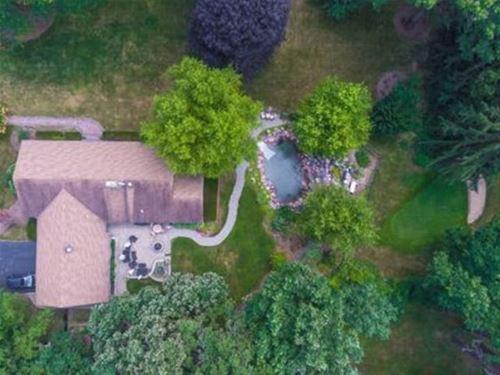 2420 Three Oaks, Cary, IL 60013