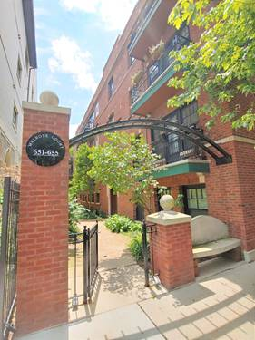651 W Melrose Unit 2N, Chicago, IL 60657 Lakeview
