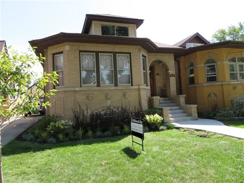 1631 N New England, Chicago, IL 60707