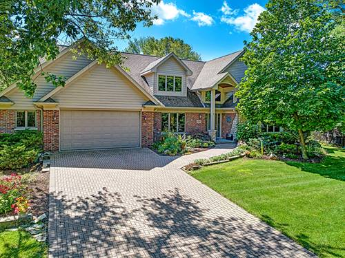 11445 Circle, Burr Ridge, IL 60527
