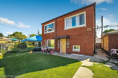 2321 S Oak Park, Berwyn, IL 60402
