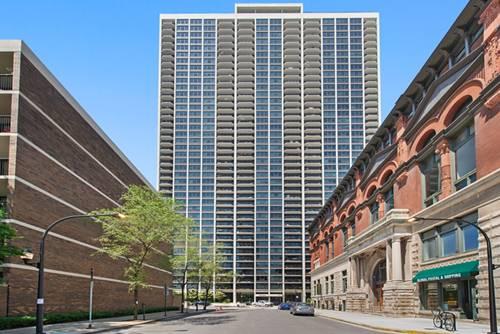 1560 N Sandburg Unit 3915, Chicago, IL 60610 Old Town