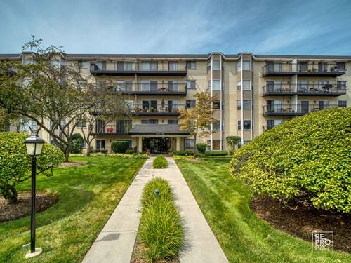 8640 Waukegan Unit 228, Morton Grove, IL 60053