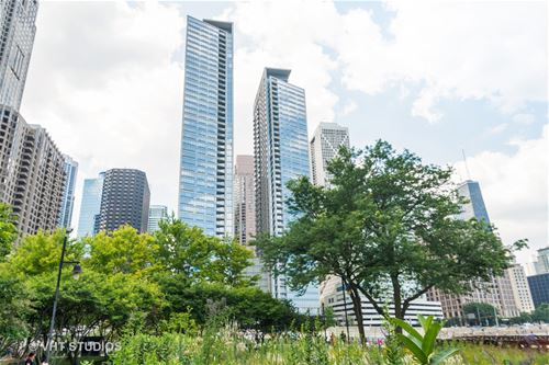 600 N Lake Shore Unit 1605, Chicago, IL 60611 Streeterville