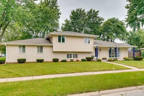205 Indian Oaks, Minooka, IL 60447