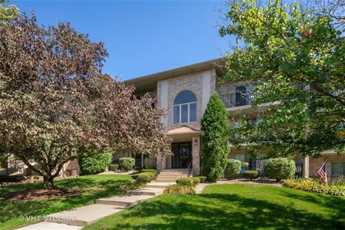 4413 Pershing Unit 304, Downers Grove, IL 60515