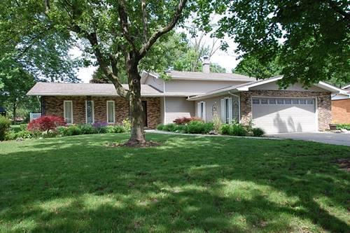 301 Arrowhead, Shorewood, IL 60404