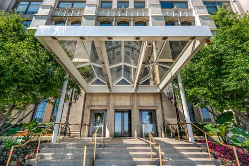 680 N Lake Shore Unit 821, Chicago, IL 60611 Streeterville