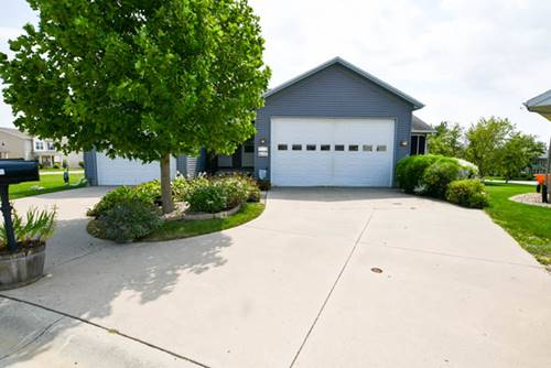 1515 Belclare, Normal, IL 61761