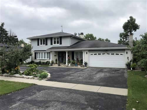 627 Kinkaid, Des Plaines, IL 60016