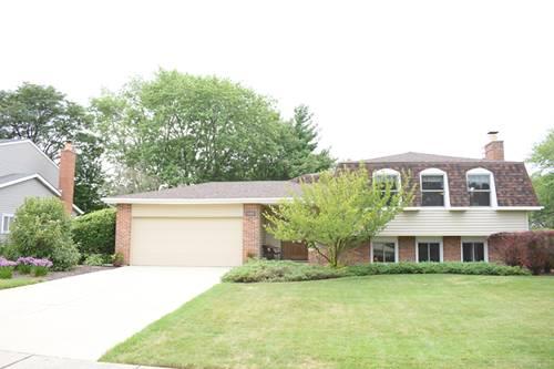 1582 Briarcliffe, Wheaton, IL 60189