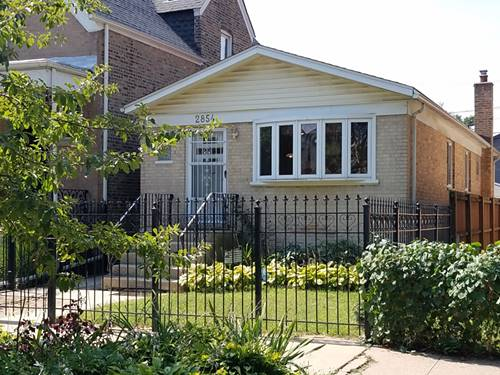 2854 N Richmond, Chicago, IL 60618 Avondale