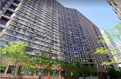211 E Ohio Unit 718, Chicago, IL 60611 Streeterville