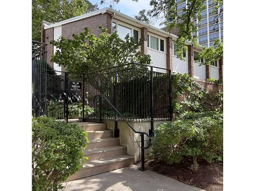 76 W Schiller, Chicago, IL 60610 Old Town