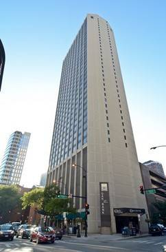 2 E Oak Unit 805, Chicago, IL 60611 Gold Coast