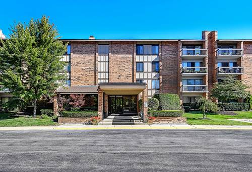 201 Lake Hinsdale Unit 309, Willowbrook, IL 60527