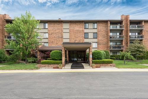 201 Lake Hinsdale Unit 302, Willowbrook, IL 60527