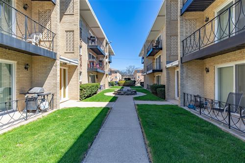 6811 N Olmsted Unit 206, Chicago, IL 60631 Edison Park