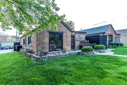 5716 N Oriole, Chicago, IL 60631 Norwood Park