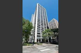 222 E Pearson Unit 2407, Chicago, IL 60611 Streeterville
