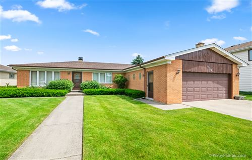 1520 W Russell, Arlington Heights, IL 60005
