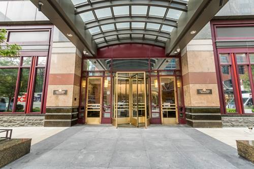 100 E Huron Unit 4703, Chicago, IL 60611 River North