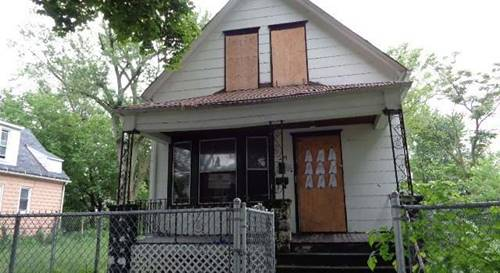 10725 S La Salle, Chicago, IL 60628 Roseland