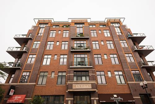 3631 N Halsted Unit 202, Chicago, IL 60613