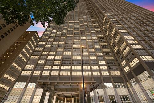 655 W Irving Park Unit 3401, Chicago, IL 60613 Lakeview