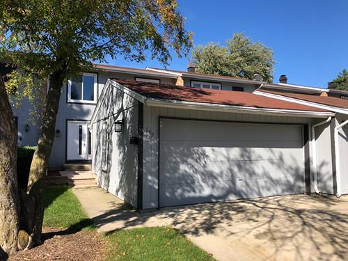 195 Oakwood, Bloomingdale, IL 60108