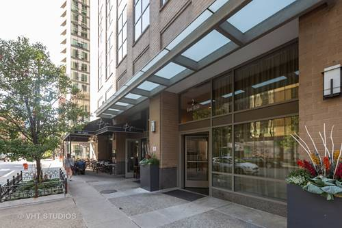 2 E Erie Unit 3112, Chicago, IL 60611 River North