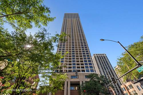 1030 N State Unit 8KLM, Chicago, IL 60610 Near North